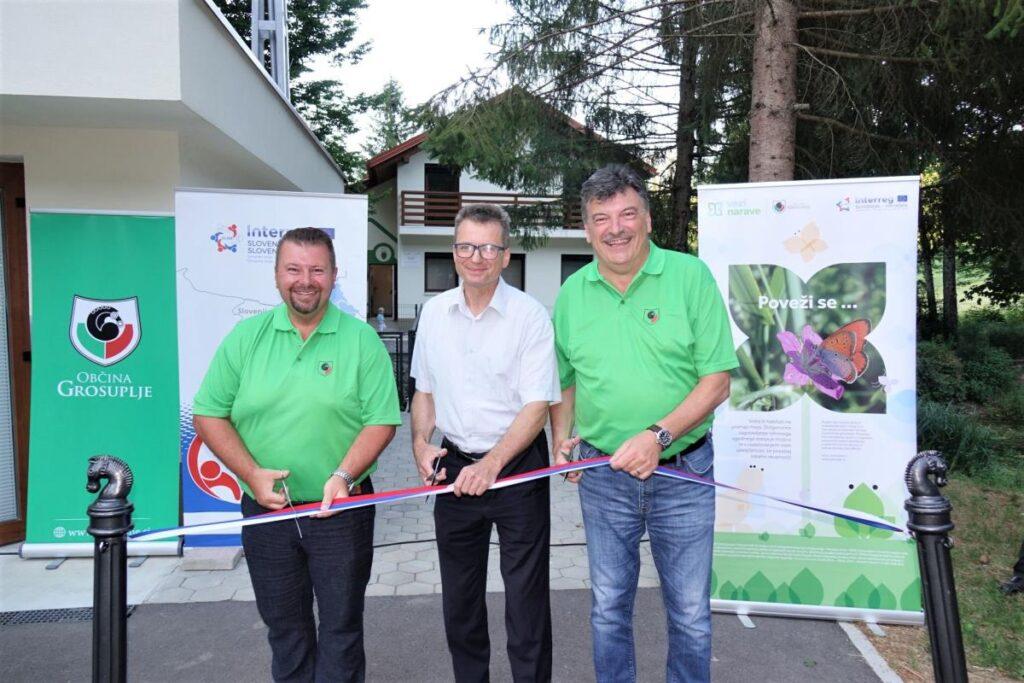 svoja-vrata-odprl-prvi-center-ohranjanja-narave-v-sloveniji-zabja-hisa